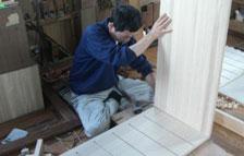 蔵 桐工房トップ桐たんす制作作業